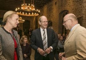 Erika und Richard Borek mit Professor Christoph Stölzl. Foto: Peter Sierigk