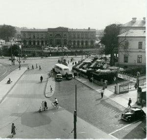 """Wiederaufbau und """"Wirtschaftswunder"""" – die Villa als Restaurant . Foto: Stadtarchiv"""
