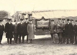 Übergabe des 1000. Büssing-Fahrzeuges an die Heeresverwaltung. Foto: Archiv E.-J. Zauner