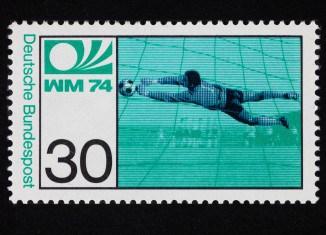 Horst Wolter, Sondermarke zur Fußball-Weltmeisterschaft 1974, 30 Pfennig. Foto: Peter Sierigk