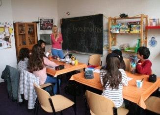 Das Kinder- und Jugendzentrum Selam war der perfekte Lernort für 19 Migrantenkinder anlässlich des TU-Projektes Lern- und Übergangsbegleitung in die Sek 1. Foto: TU Braunschweig