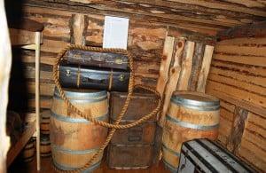 Teil eines Schiffs-Zwischendeck in dem Auswanderer wochenlang leben mussten. Foto: Museum