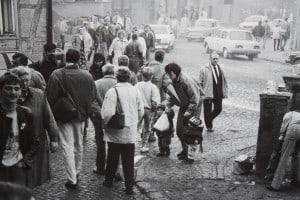 In den Ortschaften an der Grenze herrschte Hochbetrieb (hier Hessen, 12. November 1989). Foto: Bernd-Uwe Meyer