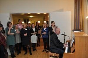 Die 17jährige Braunschweigerin Chiara Novak begeisterte die Gäste mit teils selbstkomponierten Balladen. Foto: Anke Meyer