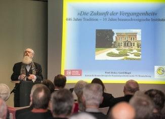 Referent Prof. Dr. h.c. Gerd Biegel. Foto: Peter Sierigk