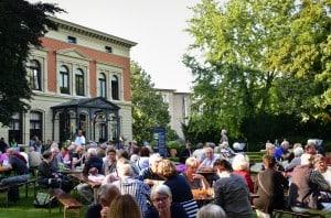 Bei strahlendem Sonnenschein kamen 1200 Gäste zum Sommerfest der Stiftung Braunschweigischer Kulturbesitz. Foto: Andreas Greiner-Napp