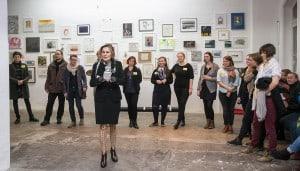 Dr. Anne Mueller von der Haegen begrüßte zum Kunstfest im Allgemeinen Konsumverein. Foto: Peter Sierigk