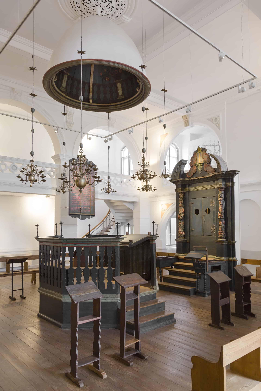 Barocke Inneneinrichtung der Synagoge aus Hornburg . Foto: A ...