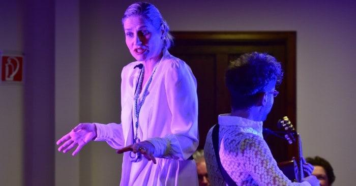 Kathrin Reinhardt und Jan Fritsch als Kassandra und Kosmo Kramer in Flow. Foto: Andreas Greiner-Napp