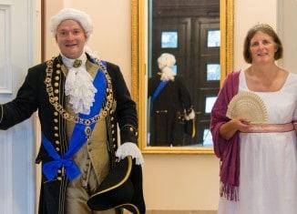 Fürstliche Audienz im Schloss: Kostümführungen mit Herzog Carl Wilhelm Ferdinand und Herzogin Marie. Foto: Schlossmuseum