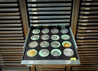 Fast 10.000 Mittelaltermünzen lagern im Herzog Anton Ulrich-Museum. Foto: C. Cordes, Herzog Anton Ulrich-Museum
