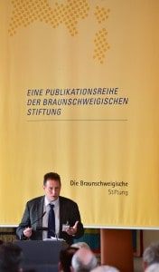 Dr. Henning Steinführer, Leiter des Braunschweiger Stadtarchivs Die Braunschweigische Stiftung