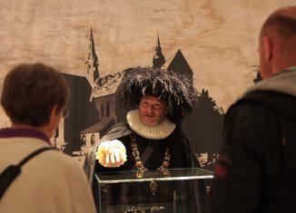 Mario Wenzel-Becker als Bürgermeister Jobst Kale im Braunschweigischen Landesmuseum. Foto: Meike Buck