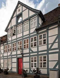 Saniertes Fachwerkhaus Magnikirchstraße 6. Screenshot/Foto: Heinz Kudalla/Stadt Braunschweig