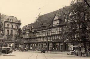 Ansicht der Häuserseite vom Gewandhaus. Foto: Archiv Ostwald