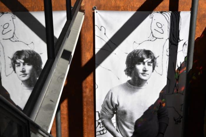 Blick in die John-Lennon-Asstellung in der Jakob-Kemenate. Foto: Stiftung Prüsse/Andreas Greiner-Napp
