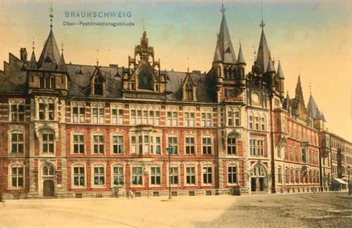 Oberpostdirektion in der Friedrich-Wilhelm-Straße. Bildnachweis: Stadtarchiv Braunschweig (H XVI: E V 4)