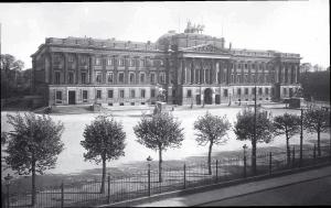 Das historische Schloss. Foto: Verlag