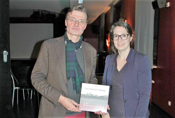 Dr. Ulrike Sbresny, Leiterin des Schlossmuseums Braunschweig, während der Buchpräsentation mit Heinrich Prinz von Hannover. Foto: Schlossmuseum