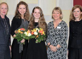 Erika Borek, Maria Eckhardt, Nicole Rudi, Petra Gottsand, Dr. Andrea Hanke (von links) während des Neujahrsempfangs für Damen. Foto: Anke Meyer