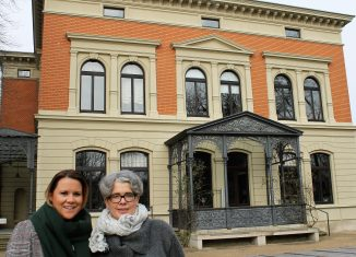 Insa Heinemann (links) übernimmt die Leitung des Hauses der Braunschweigischen Stiftungen von Susanne Hauswaldt. Foto: Löwe