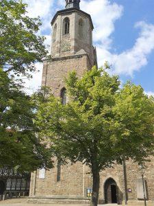 Imposanter Mittelpunkt des Magniviertels: die Kirche St. Magni. Foto: Archiov Ostwald