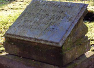 Der Grabstein von Konrad Koch auf dem St. Petri Friedhof. Foto: Thomas Ostwald