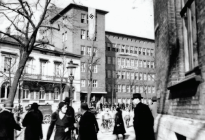 AOK-Gebäude 1933. Fotonachweis: Stadtarchiv Braunschweig/Screenshot Katalog