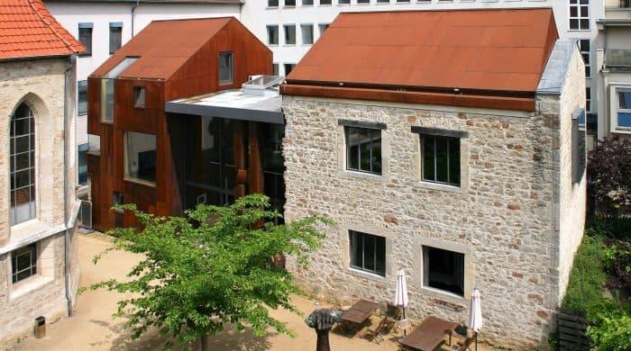 Die Jakob Kemenate ist herausragend saniert worden und heute Ort für Kunstausstellungen . Foto: Gebautes Erbe