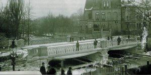 Die Ferdinandbrücke während der Bauzeit im Winter 1900/01. Foto: Stadtarchiv Braunschweig.