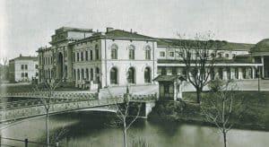 Alter Hauptbahnhof mit Okerbrücke. Foto: Stadtarchiv
