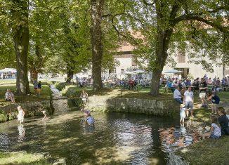 """Ein perfekter Ort für den """"Tag des Singens"""": die Parkanlage des Ritterguts Lucklum. Foto: Rittergut Lucklum/Güterverwaltung Reinau"""