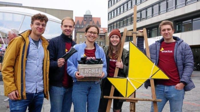 Sie engagieren sich im studentischen Vereins Enactus (von links): Timon Schulze Buschhoff, Paul Wilms, Deborah Pfaff, Anna-Lena Henke, Malte Roßmann. Foto: Katharina Lohse