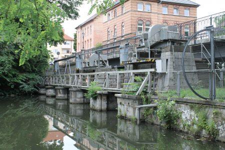 Die Westansicht der Petriwehrbrücke. Foto: Der Löwe