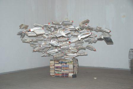 """Bücher-Installation """"Gedanken sind frei"""" von Julia Wally Wagner. Foto: Wagner"""