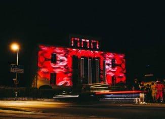 Die Kultviertelnacht endet mit einem Projection Mapping von Videokünstler Christo.cc. an der Villa Amsberg. Foto: Kultviertel e.V.