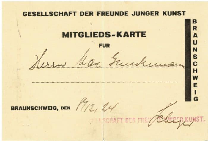 """Foto: Mitgliedsausweis der """"Gesellschaft der Freunde junger Kunst"""" aus dem Jahr 1924. Foto: Schlossmuseum"""