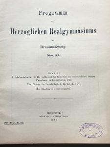 Titelblatt des Programms des Herzoglichen Realgymnasiums. Repro: Der Löwe
