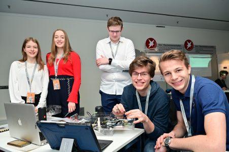 """Bei """"Jugend forscht"""" dürfen junge Erwachsene bis zum alter von 21 Jahre teilnehmen. Foto: Die Braunschweigische Stiftung/Andreas Greiner-Napp"""