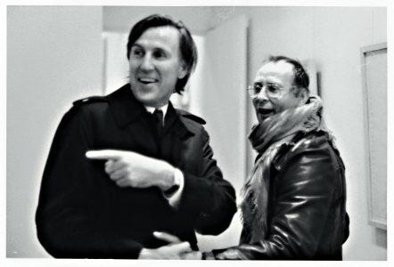 Rudolf Zwirner (links) mit Sigmar Polke, 1969. Foto: Wienand Verlag