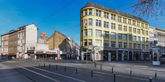 Kein Verkehr: Ecke Friedrich-Wilhelm-Straße/Waisenhausdamm/Münzstraße. Foto: Andreas Greiner-Napp