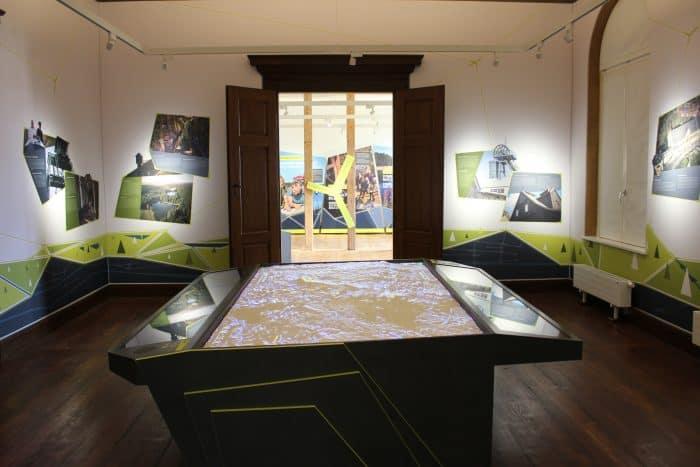 Das interaktive 3D-Landschaftsmodell des Welterbes im Harz zählt zu den herausragenden Exponaten. Foto: Stiftung UNESCO-Welterbe im Harz