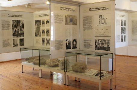 Blick in die Ausstellung mit ihren umfangreichen Schautafeln. Foto: Der Löwe
