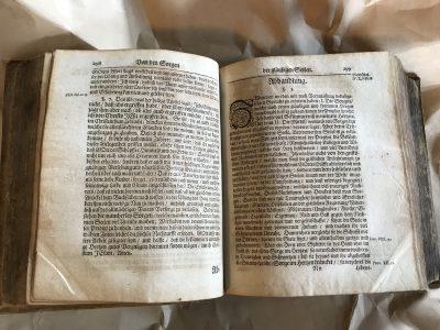 Innenseiten des Buchs. Foto: SBK/Öznur.
