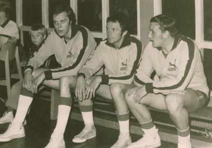 Jürgen Wohlers, Mihai Albu und Volkmar Knopke in der Sporthalle am Landeshuter Platz. Foto: Archiv Wohlers