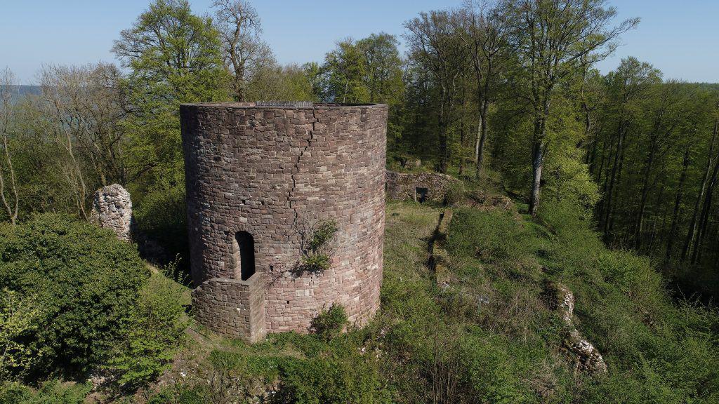 In den Burgfries soll eine Aussichtsplattform aus Stahl gebaut werden. Foto: SBK/Sebastian Rustenbach