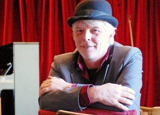 """Thomas Hirche kann sein kleines Braunschweiger Theater """"Das Kult"""" kaum noch wirtschaftlich betreiben. Der neuerliche Lockdown trifft ihn um so härter. Foto: Henning Thobaben / Archiv"""