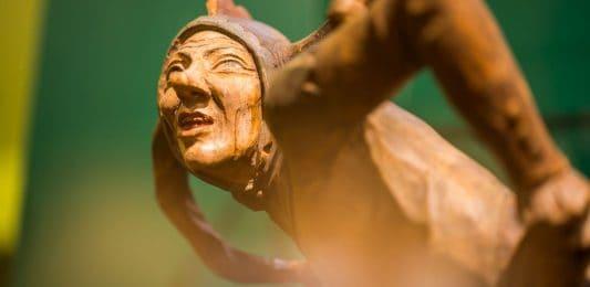 Till aus Holz. Foto: Eulenspiegel-Museum