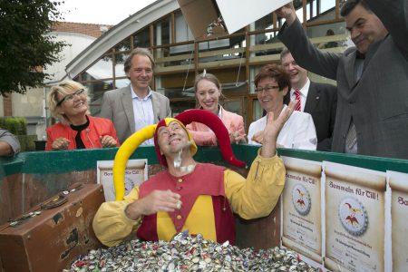 Das Till-Eulenspiegel-Museum liegt Axel Richter (ganz rechts) am Herzen. Foto: DBS