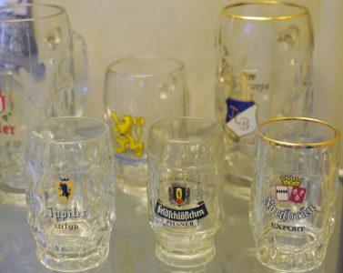Biergläser aus der Georgshütte. Foto: Freundeskreis Glas